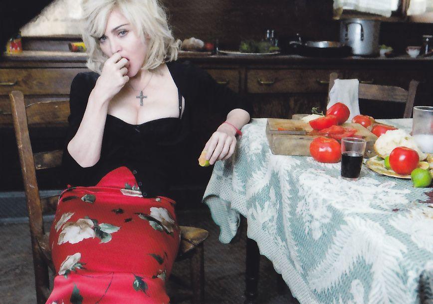 Kaartje2go Madonna for DG 02